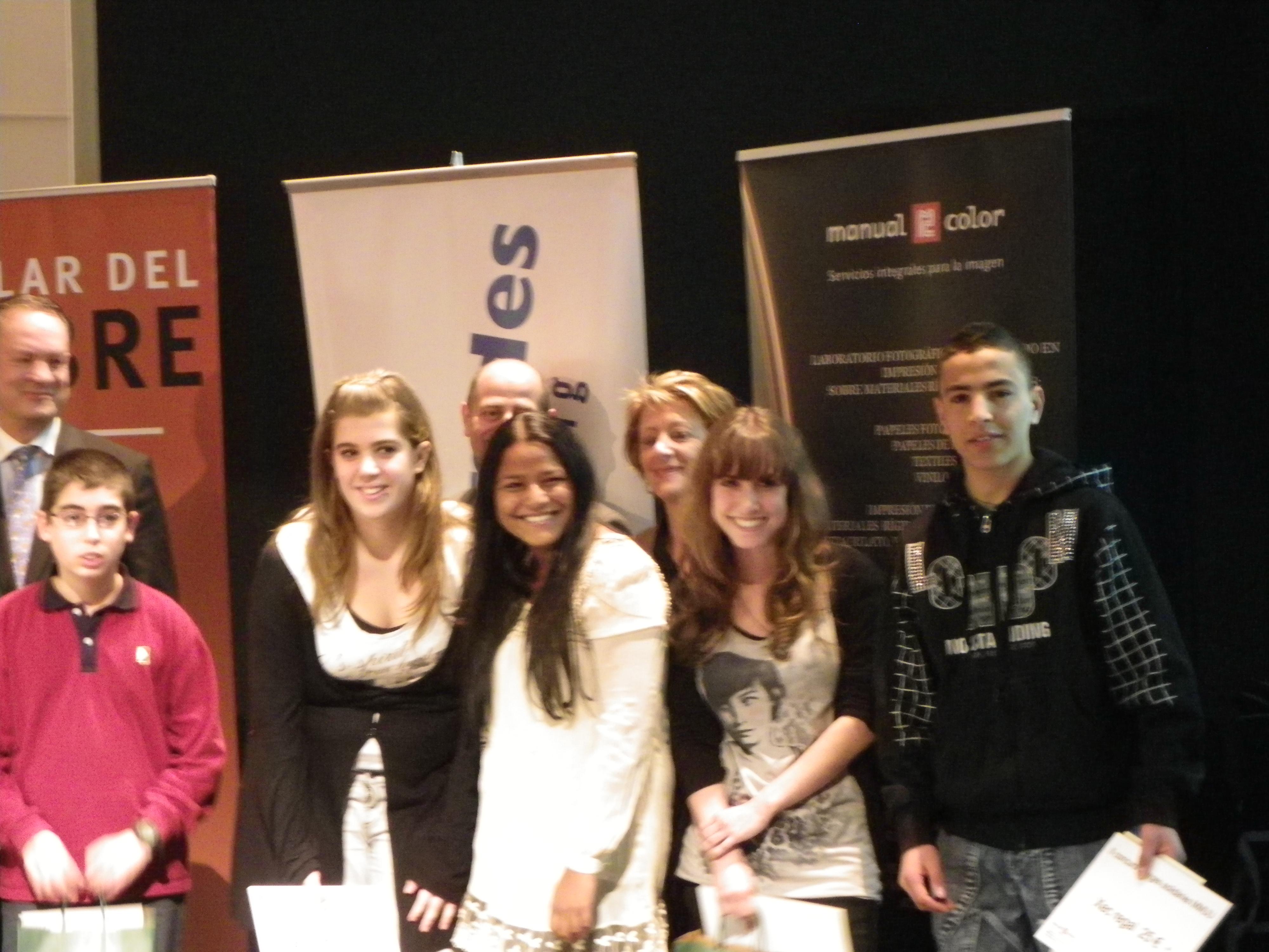 3r Premi en el Concurs de Mans Unides   4t d'ESO 2010/11 a ... - photo#45